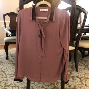 Loft mauve blouse with tie neck ; large